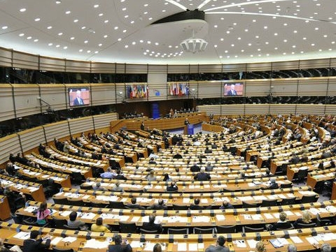 European Parliament adopts resolution on human rights in Crimea