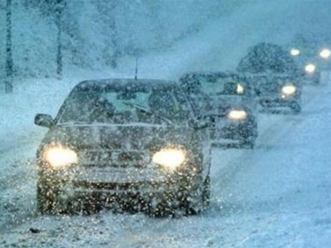 Snow storms cause traffic jams