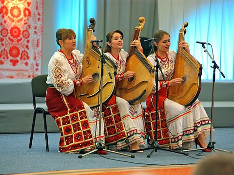 "Trio of Bandura players of Ukrainian Radio presents: ""To you, Ukraine, with love ..."""